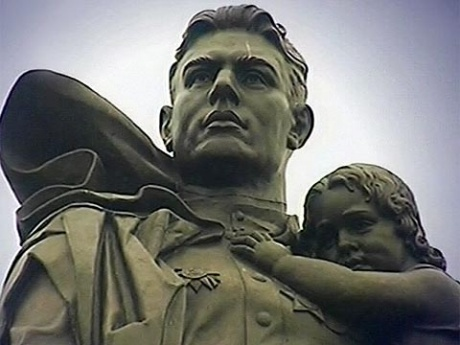 Подвиг солдата, увековеченный в бронзе