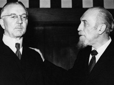 Anglo-amerikanische Geldbesitzer organisierten den zweiten Weltkrieg